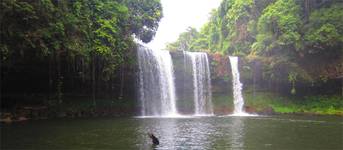 Tad Lo Waterfall, Boloven, Laos