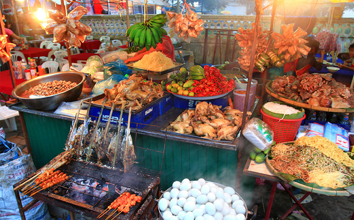 Vanthong Evening Food Market