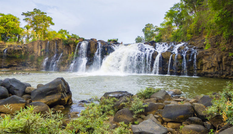 Salavan in Laos - Tad Lo waterfall