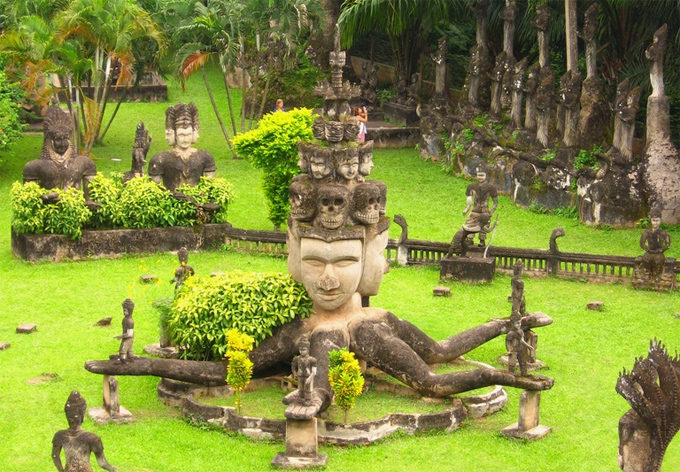 Buddha Park - Thing to see while travelling to Vientiane Laos