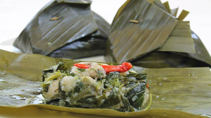 Mok Pa is the Fish steamed in banana leaf